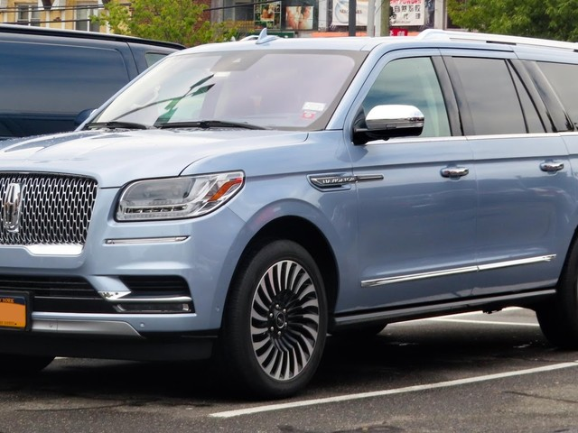 Lincoln Navigator: What's New in This Legendary SUV?