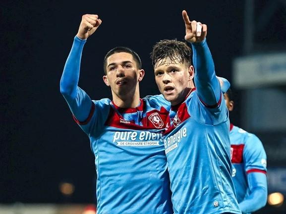 FC Twente verslaat ook Jong PSV en verstevigt koppositie nog verder