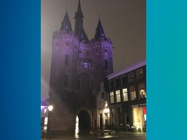 Sassenpoort Zwolle is paars voor te vroeg geboren kinderen