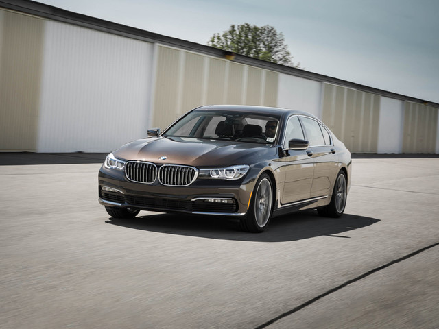 2017 BMW 7-series – In-Depth Review