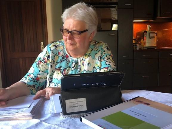 Meer geld nodig voor raadsleden in kleine gemeenten: 'Ik kan beter ramen lappen bij de buurvrouw'