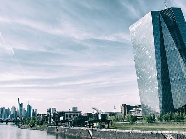 ECB wil vanaf november 2018 directe betalingen mogelijk maken