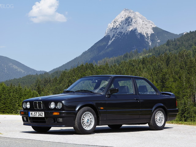 Watch this 230,000-mile E30 BMW 3 Series come back to life