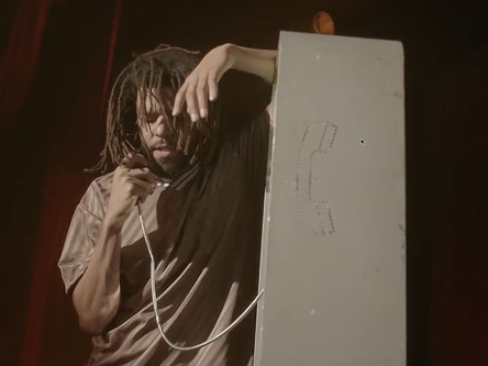 """Miguel – """"Come Through and Chill"""" f. J. Cole (Video)"""