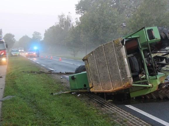 Twee gewonden bij botsing tussen tractor en auto in Wijhe