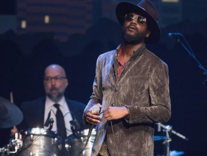 "For Your Viewing Pleasure: Gary Clark Jr. Performs ""This Land"" For His 'SNL' Debut [Video]"
