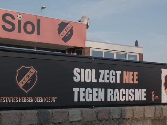 Cuijkse voetbalclub staat op tegen racisme, maar voelt zich niet gesteund door de KNVB