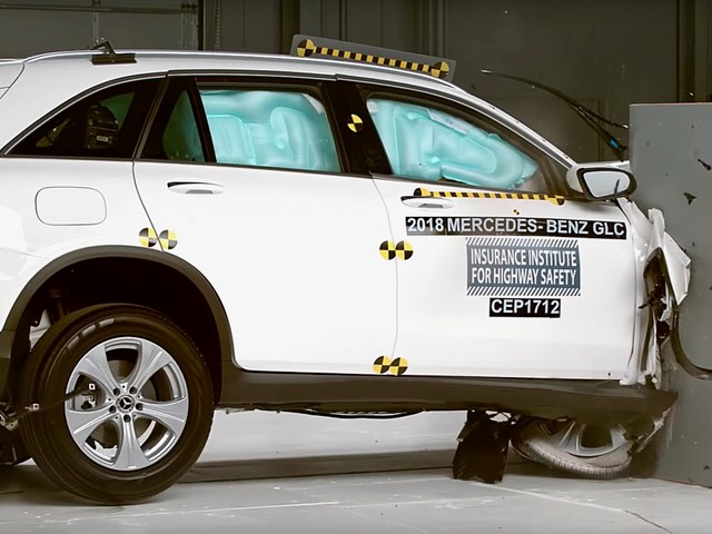IIHS toughens its safety tests, here are the safest cars of 2018