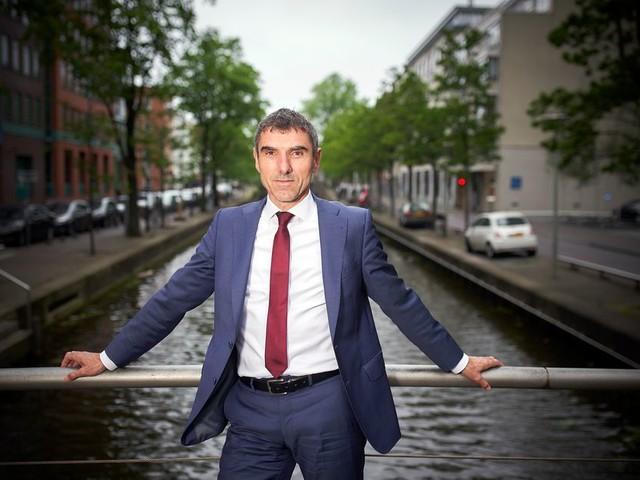 Paul Blokhuis: Van mij mag een pakje sigaretten wel twintig euro kosten