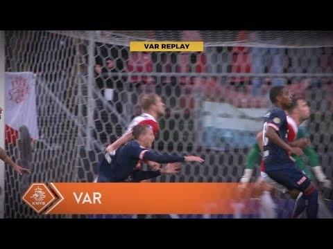 Zo keken VAR én scheidsrechter naar penaltymomenten bij FC Utrecht - PSV
