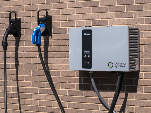 Lightning Systems introduces range of AC and DC fast charge charging stations for fleet electric vehicles