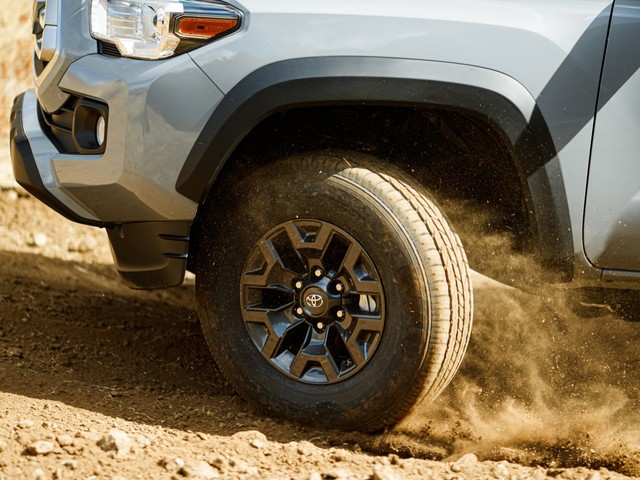 Toyota to debut new Tacoma variants in Chicago