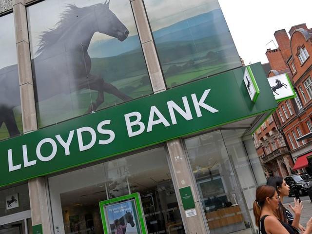 Lloyds bank bevriest 'witwasrekeningen' op Jersey