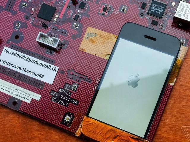Terug in de tijd: Zo zag het prototype van de eerste iPhone eruit