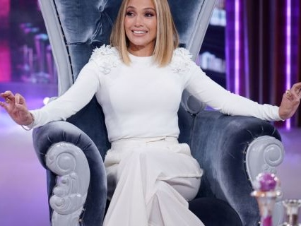 ¿¡Por Gratis?! Jennifer Lopez Says She Didn't Get Paid A Dime To Act And Produce Hit Flick 'Hustlers'