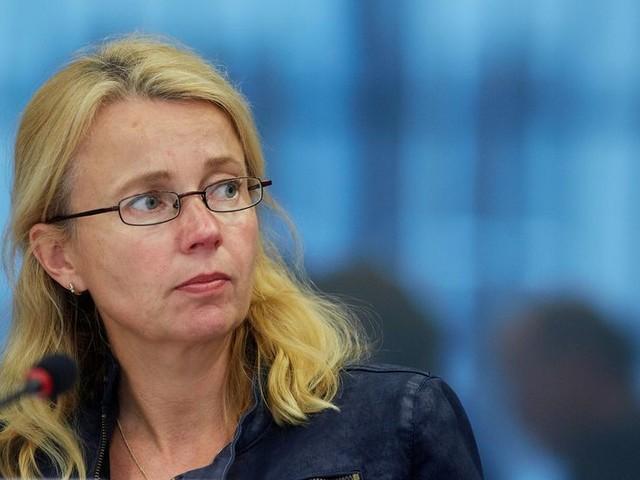 Voormalig VVD-Kamerlid: Een VVD'er dient zo volgzaam te zijn als een robot