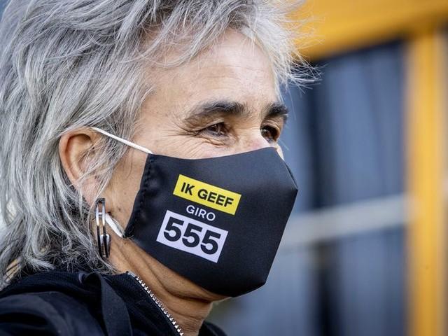 Waarom doneert Nederland nog niet gul aan Giro555 voor deze rampzalige pandemie?