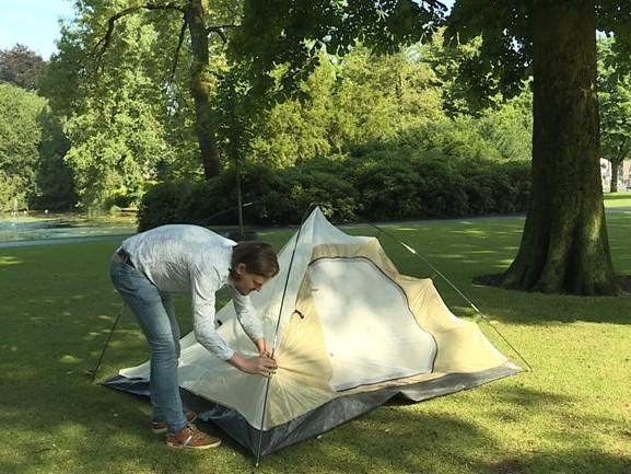'Rijke bal tot bijstandsmoeder, iedereen met een tentje in het park', SP wil buurtcamping in Breda