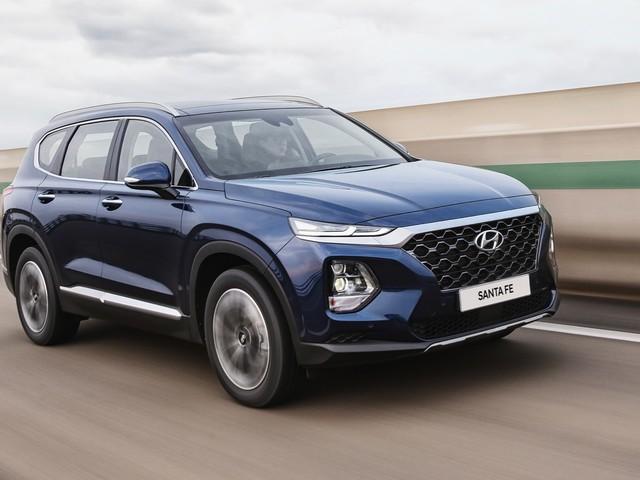 2019 Hyundai Santa Fe debuts with a diesel and an XL version