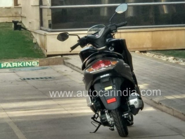 Suzuki Burgman Street Scooter Spied, India Launch At Auto Expo
