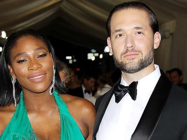 Serena deelt eerste foto pasgeboren dochter