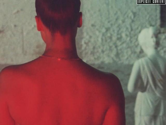 "Snoh Aalegra – ""I Want You Around"" (Video)"