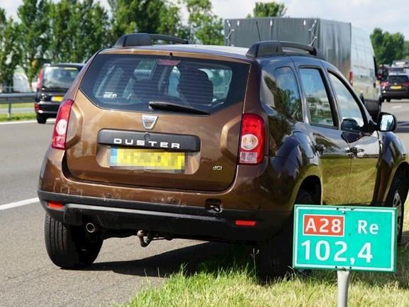 Kop-staartbotsing op A28 bij Zwolle