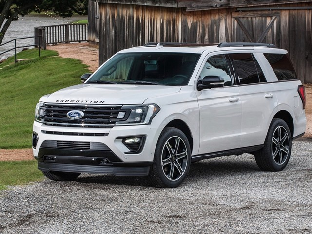 Ford ramps up Expedition and Navigator production, again