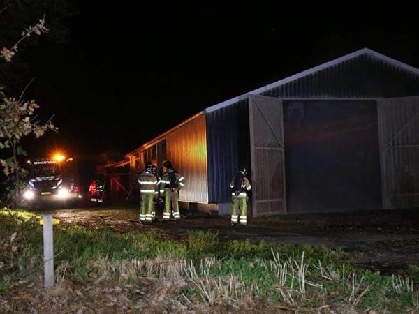 Brandweer rukt uit voor mestbroei in loods in Bergentheim (UPDATE)