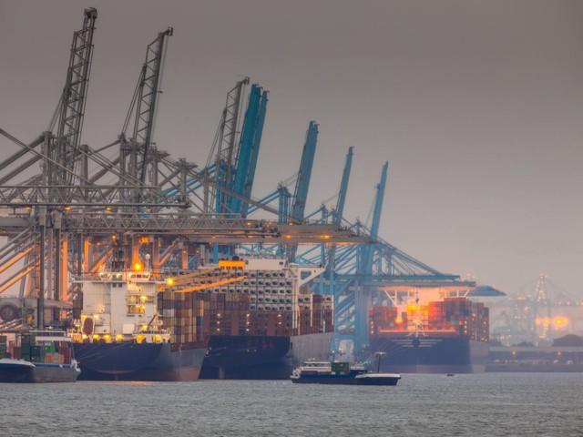 Stikstofcrisis remt vergroening haven Rotterdam