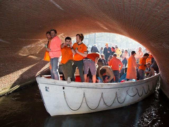 Vooral Britten bezoeken Nederland tijdens Koningsdag. En waar ben jij?