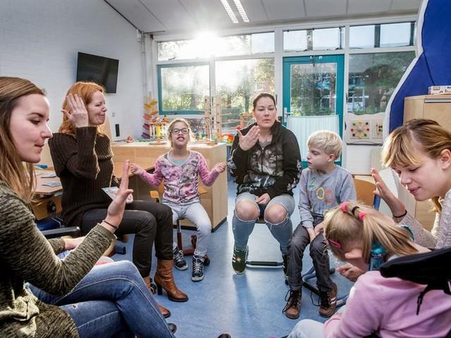 Kinderen zijn best tevreden over passend onderwijs, tot er meerdere diagnoses zijn
