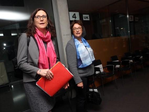 Eurocommissaris Malmström voor overleg naar Washington