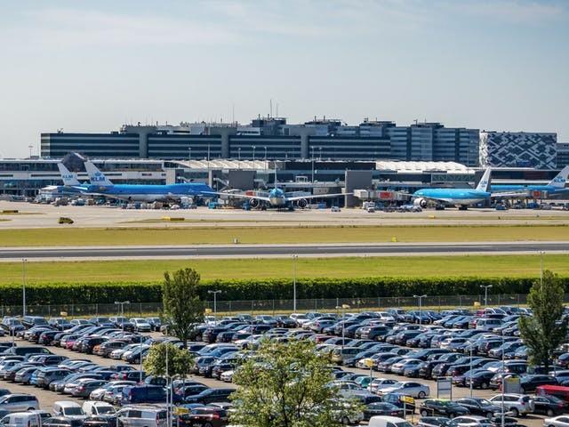 Luchthavens dreigen melkkoe kwijt te raken door advies commissie-Remkes