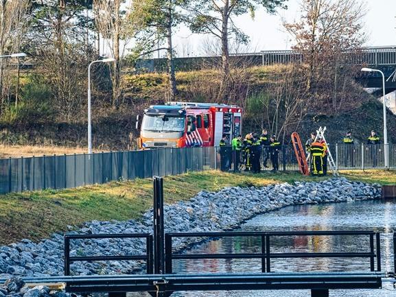 Voorbijganger vindt lichaam in Wilhelminakanaal in Tilburg