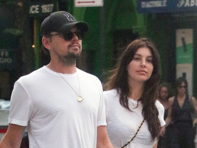 In White Folks News: Leonardo DiCaprio, 43, Has A 21-Year-Old Girlfriend He's Known Since She Was 11…
