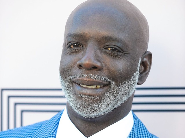 "Ho Sit Down: RHOA's Peter Thomas' Waffle-Colored Baby Mama Says Their Son Is ""Not Black"""