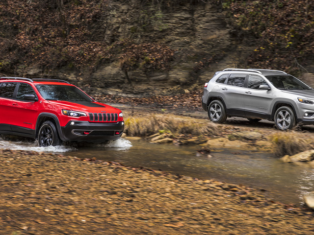 2019 Jeep Cherokee Premieres, Is Even More of a Baby Grand