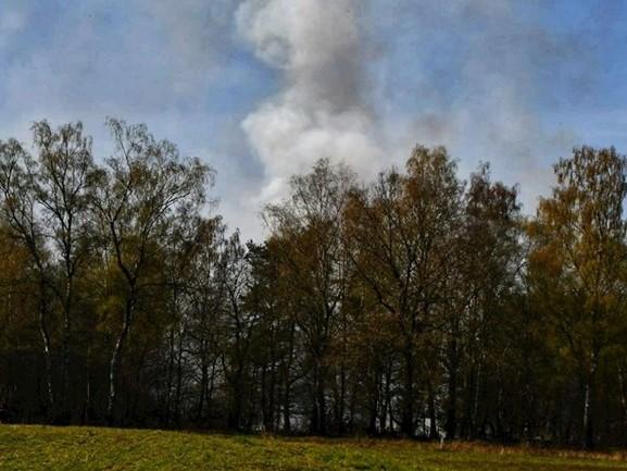 Natuurbrand vlak bij Rutbeek in Enschede