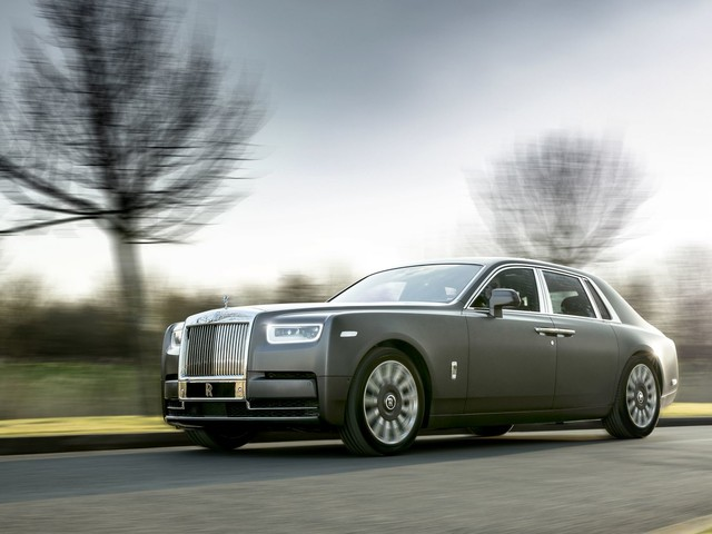 Rolls-Royce Will Go Fully Electric When Ready, Won't Rush Into It