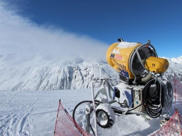 Sneeuwkanonnen: dé oplossing bij zachte winters?
