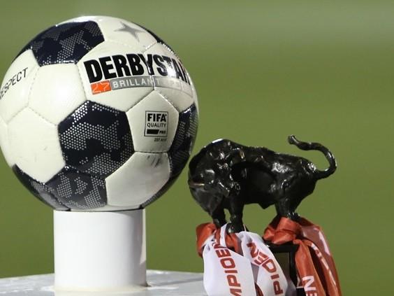FC Oss geeft 2-0 voorsprong uit handen, Helmond Sport verliest in eigen huis van FC Dordrecht