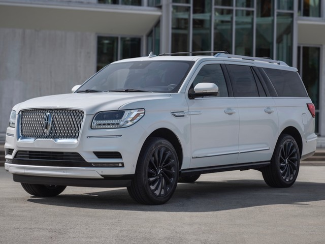 2020 Lincoln Navigator gets three Monochromatic packages