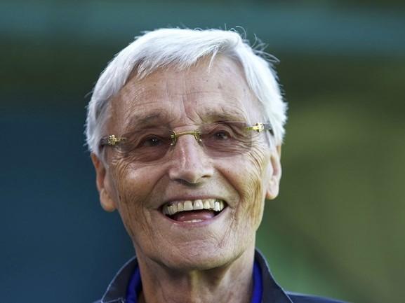 Meesterscout Piet de Visser lovend over trainer Adrie Koster: 'Je ziet zijn stijl terug in het spel'