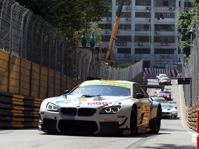 Augusto Farfus finishes fourth in the BMW M6 GT3 in Macau GT race