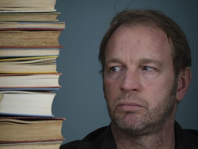 Schrijver Jan van Mersbergen kon zich altijd in zijn fictie verstoppen