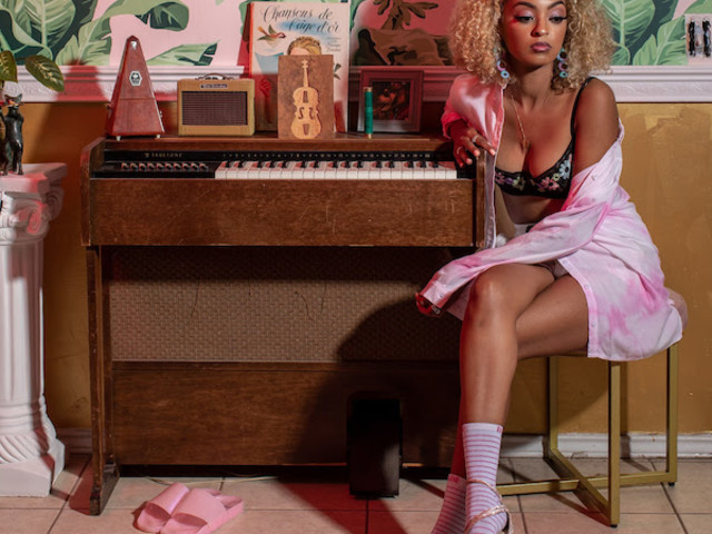 """Mélat Returns With """"The Lesson"""" Single"""