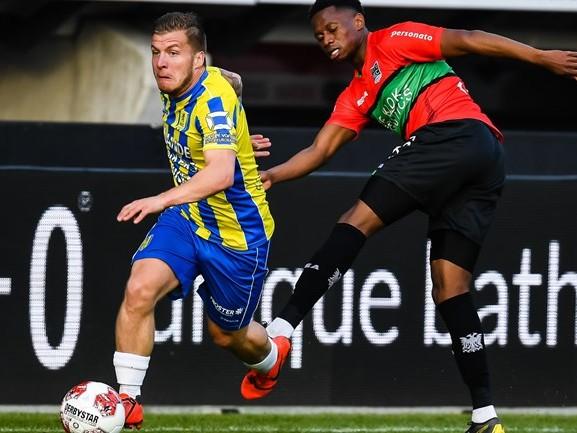 Fred Grim wijst na 2-0 nederlaag naar Champions League: 'Het kan nog, het blijft sport'