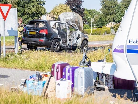 Terugrit van vakantie in Ommen eindigt in vlammen bij Oudleusen