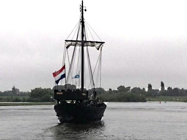 'Koopzondag in Kampen? Investeer liever in de Kogge'